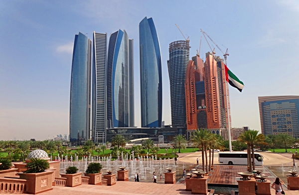 Why is Abu Dhabi a Good Alternative to Dubai for Overseas Pinoy Workers?