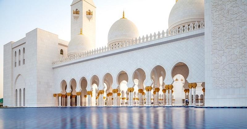 Do's & Don'ts in Abu Dhabi 1