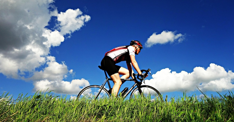Best Places to Go Cycling in Abu Dhabi